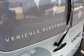 Electric service vehicle